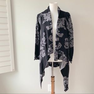 Soma Gray & Black Flowery Long Cardigan Size S